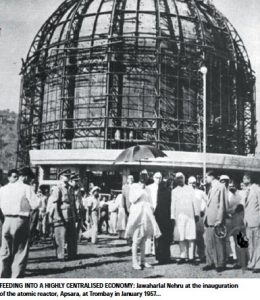 jawaharlal-nehru-at-the-inauguration-of-the-atomic-reactor-nov2014