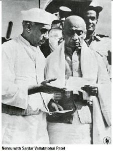 nehru-with-sardar-vallabhbhai-patel-nov2014