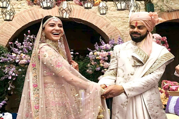 Anushka Sharma and Virat Kohli at wedding place