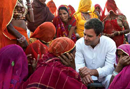 Rahul-Gandhi-with villagers