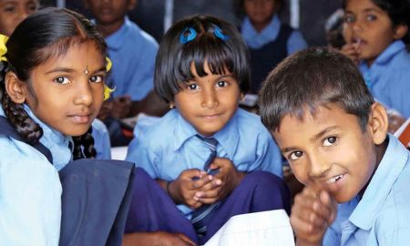 16-9-children-school-india