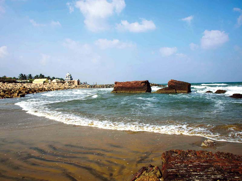 india-best-beaches-tharanga